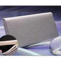 白蛇 財布 使いやすい 開運