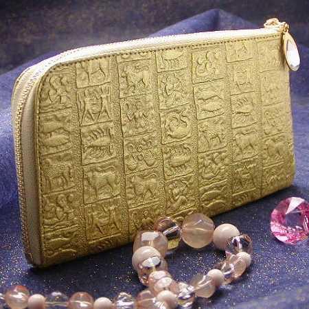 開運財布の定番 金の財布