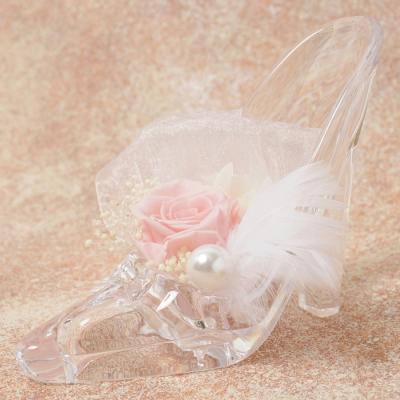 ガラスの靴にピンクのローズで愛をこめた「シュシュール ピンク」